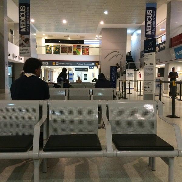 Foto tomada en Aeropuerto Internacional del Neuquén - Presidente Juan D. Perón (NQN) por Elian G. el 1/25/2015