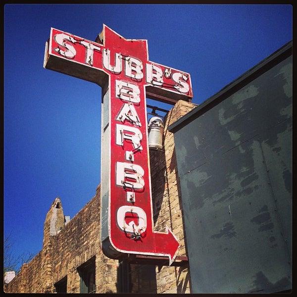 Photo taken at Stubb's Bar-B-Q by Victor G. on 3/11/2013