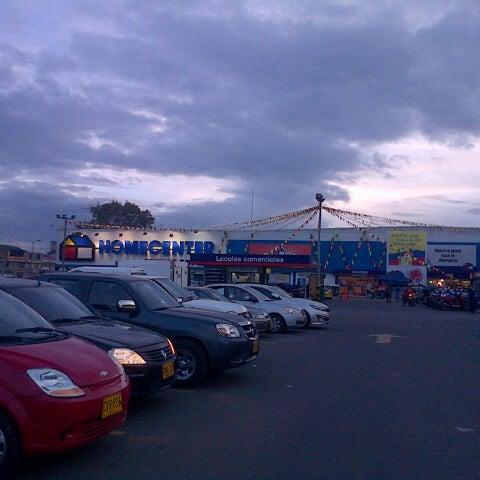 Photo taken at Homecenter y Constructor Av 68 Sur by Ricardo Q. on 9/17/2012