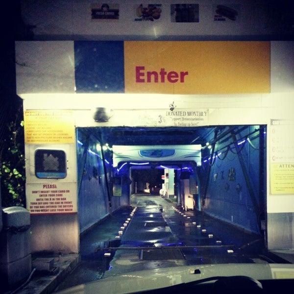 Car Wash In The Crossings