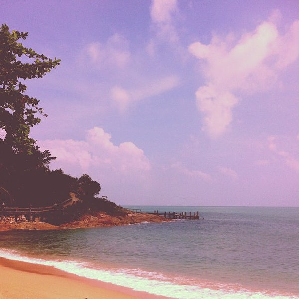 Photo taken at Santhiya Resort And Spa Koh Phangan by Ron G. on 12/28/2012