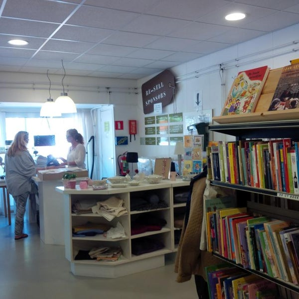 Photo taken at Re-Sell Kringloopwinkel by Andrea P. on 8/4/2015