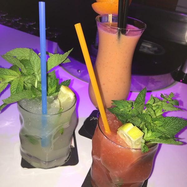 Foto tomada en Playa Miguel Beach Club por Céline 🎀 V. el 7/5/2016