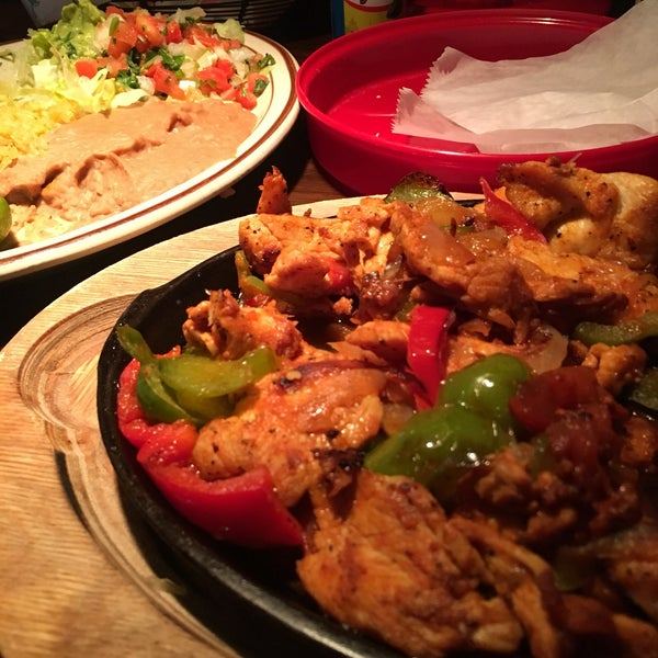 The chicken fajita is amazing! The seasoning absolutely makes the dish.