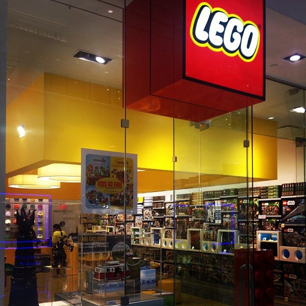The LEGO Store - 4 tips from 796 visitors