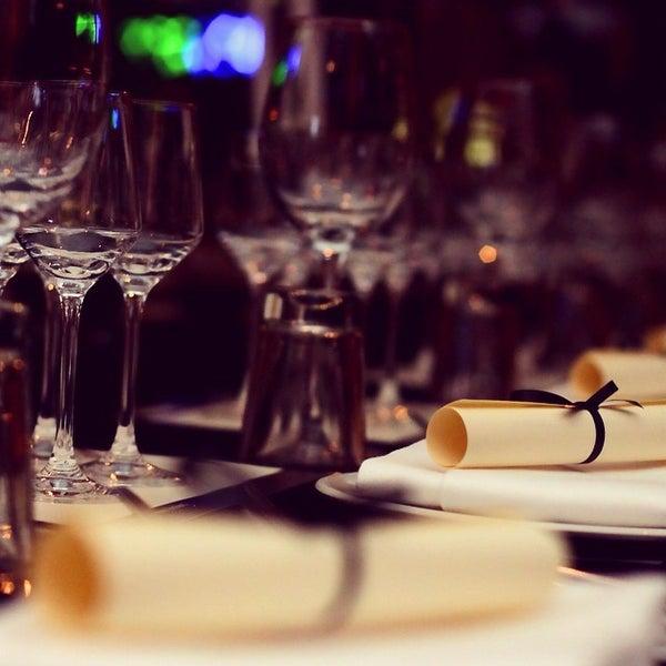 Das Foto wurde bei HEART Restaurant & Bar von Heart M. am 12/10/2014 aufgenommen
