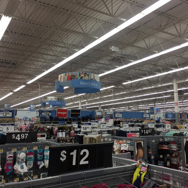 Photo taken at Walmart by Camilo F. on 7/8/2017