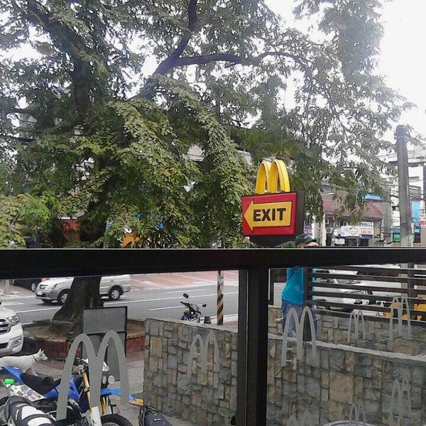Photo taken at McDonald's by Jann D. on 12/31/2015