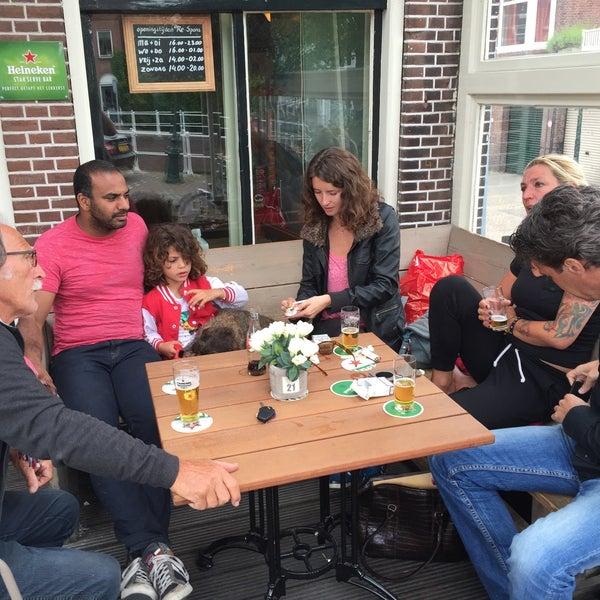 Photo taken at Café Re-Spons by Oscar W. on 6/17/2015