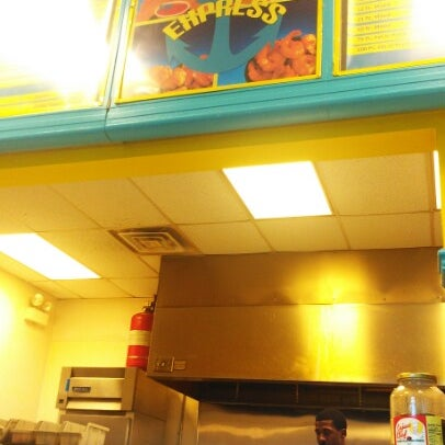 Shark 39 s fish chicken express fast food restaurant in for Sharks fish and chicken locations