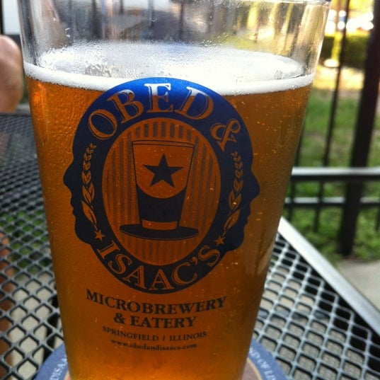 Photo taken at Obed & Isaac's Microbrewery and Eatery by Maureen on 9/3/2012