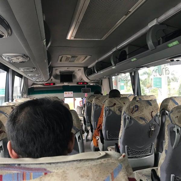 รูปภาพถ่ายที่ สถานีขนส่งผู้โดยสารจังหวัดน่าน โดย 🚩zatang . เมื่อ 1/11/2018