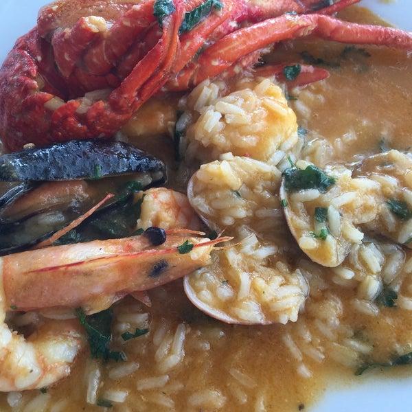 Foto tirada no(a) Restaurante Filipe por Cristine T. em 6/10/2015
