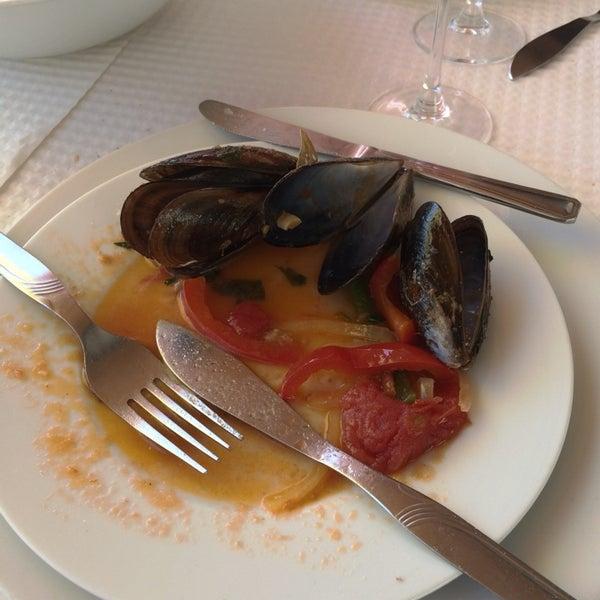 Foto tirada no(a) Restaurante Filipe por Luis M. em 3/16/2014