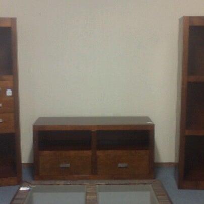 Hermanos v zquez ahora cerrado tienda de muebles for Muebles y articulos para el hogar