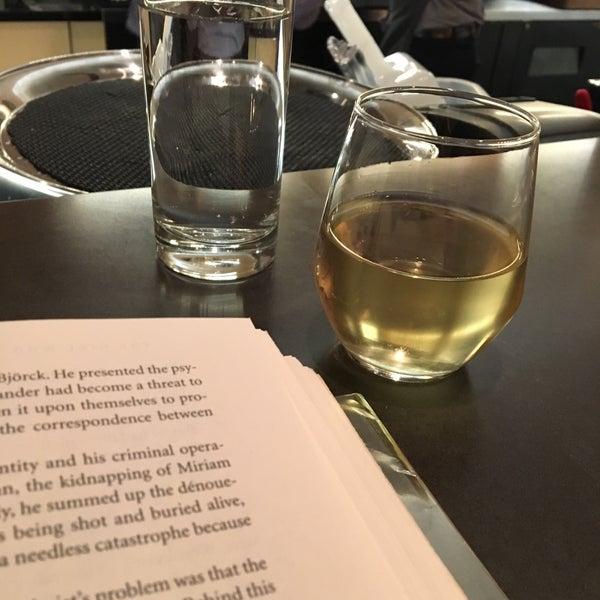 Ampersand wine bar ravenswood 12 tips for Ampersand chicago