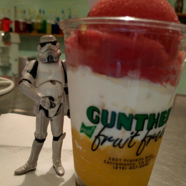 Photo taken at Gunther's Quality Ice Cream by @SDWIFEY on 2/23/2016