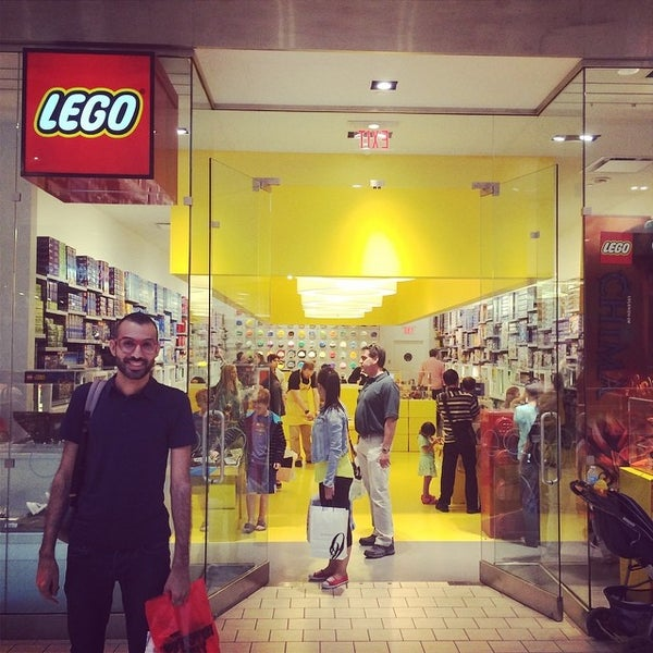 Photo taken at The LEGO Store by João Allex S. on 8/17/2014