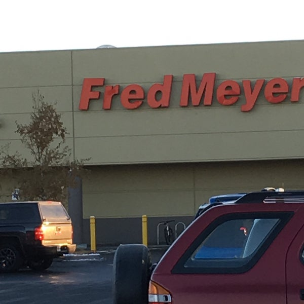 Photo taken at Fred Meyer by Wes S. on 10/28/2016