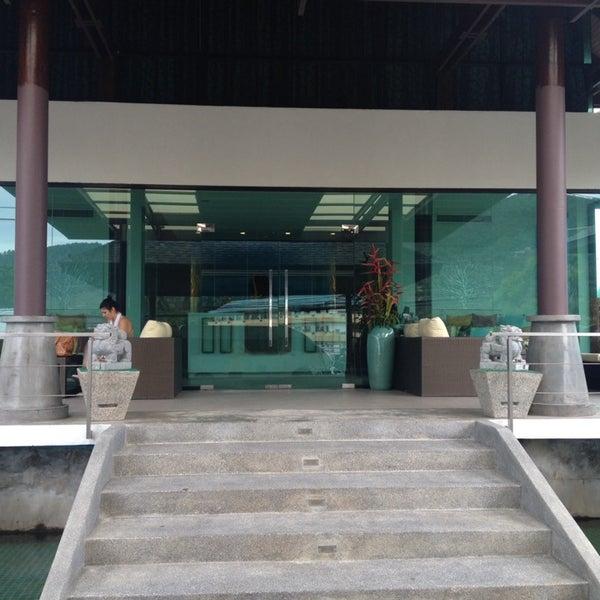 Photo taken at Samui Resotel And Spa by haluk g. on 9/17/2014