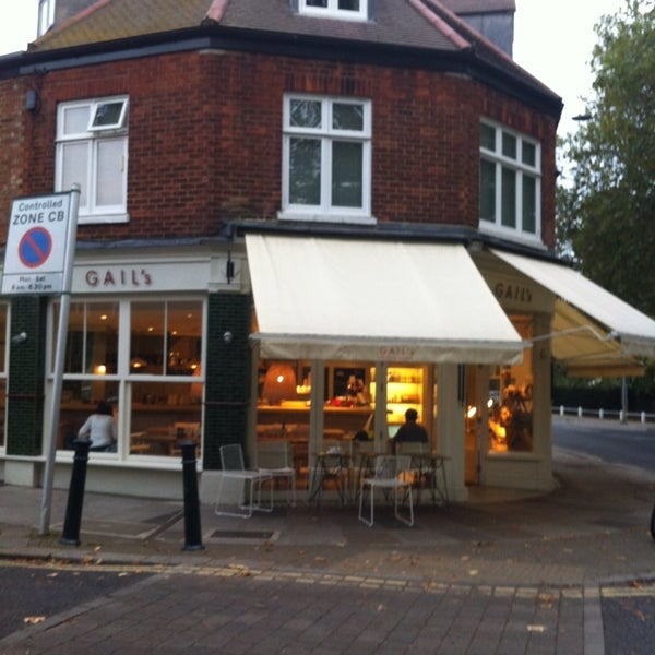 Gail 39 s artisan bakery barnes 11 tips from 140 visitors for Perfect kitchen harrogate takeaway