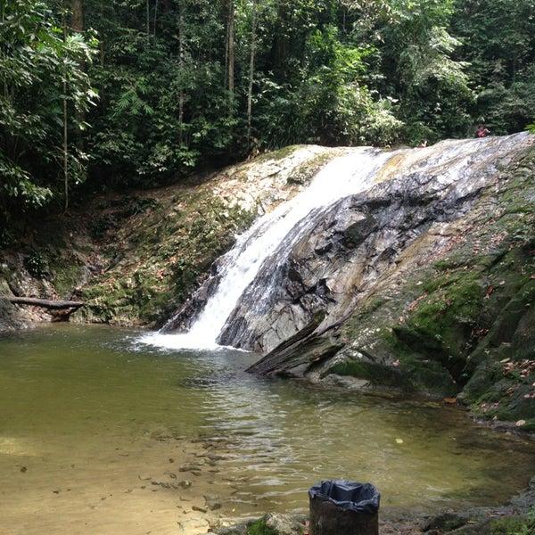 5 lokasi air terjun paling best yang korang mesti kunjungi bila datang ke Selangor!