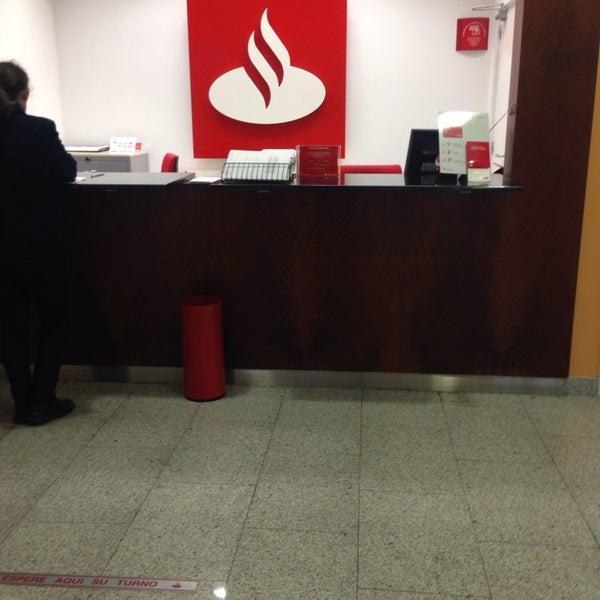 Banco santander fuenlabrada madrid for Oficina banco santander fuenlabrada