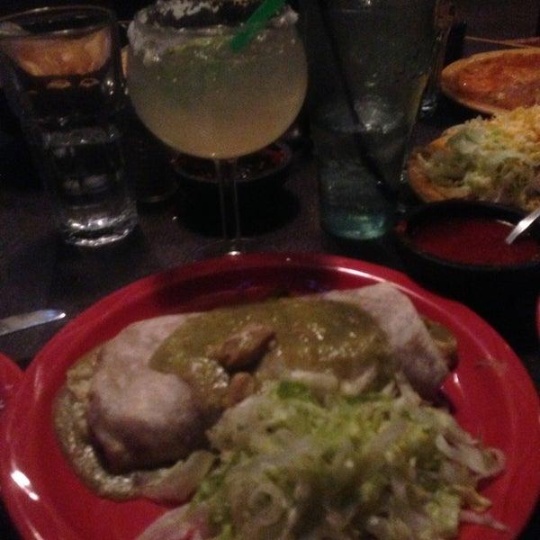 Foto tomada en El Burrito por Andrea D. el 1/17/2013