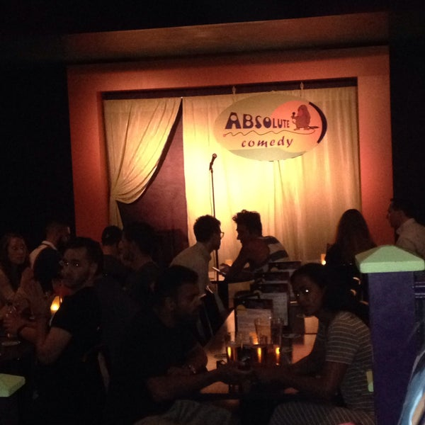 Photo taken at Absolute Comedy by Halime C. on 7/20/2016