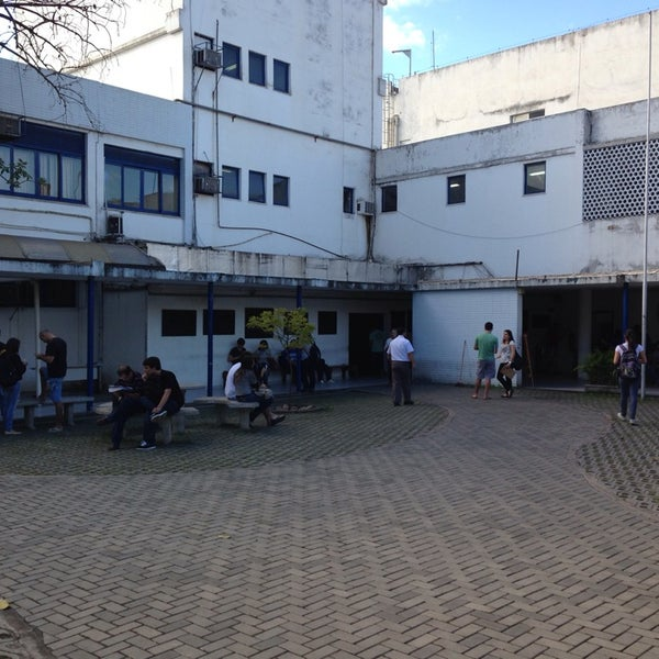 Photo taken at Escola de Engenharia - UFF by Jesiel A. on 6/11/2014