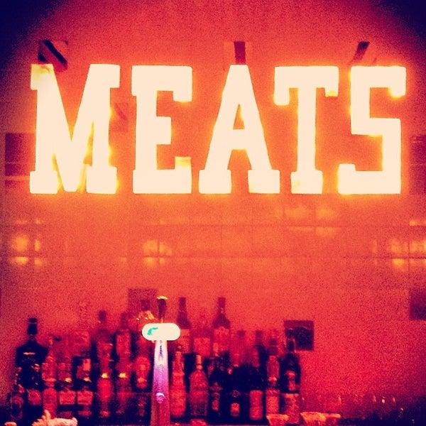 Foto tirada no(a) Meats por Luiza T. em 3/11/2013