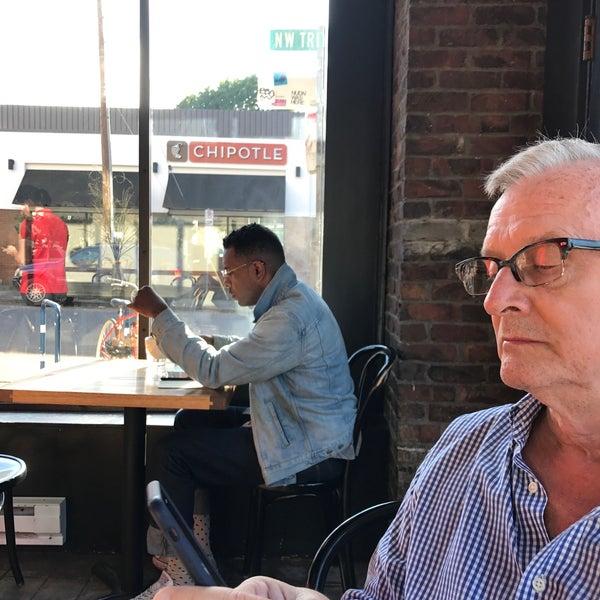 Photo taken at Coffeehouse Northwest by Roberto M. on 8/31/2017