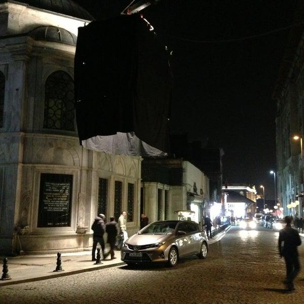 1/14/2013 tarihinde Serhan T.ziyaretçi tarafından Legacy Ottoman Hotel'de çekilen fotoğraf
