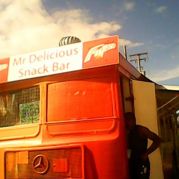 Photo prise au Mr. Delicious Snack Bar par Darixxle C. le9/15/2013