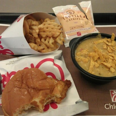Photo taken at Chick-fil-A by Jeffrey Trent K. on 12/21/2012