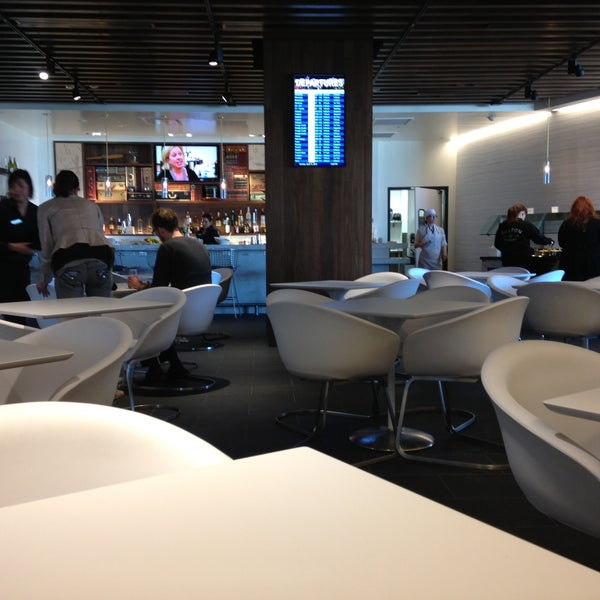 Photo taken at The Centurion Lounge Las Vegas by Mark M. on 4/15/2013