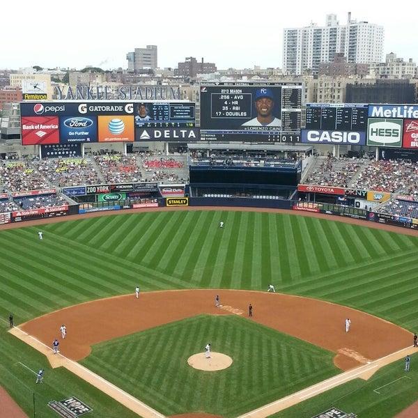 Photo taken at Yankee Stadium by Cesar Q. on 7/11/2013