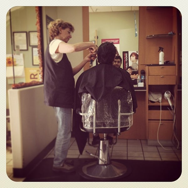 Fantastic Sams, Harwood Heights, Illinois. likes. Located in Harwood Heights, IL, Fantastic Sams full service hair salon offers attainable cut and /5(22).