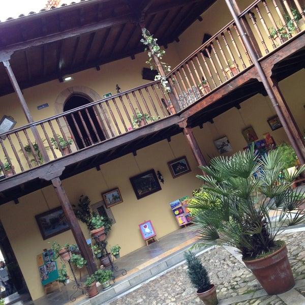 Foto tomada en Castillo de Valdés Salas por Luis V. el 4/21/2013