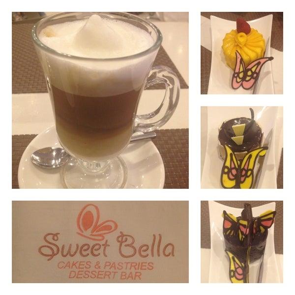 i sooo love their cakes and coffee.. Try mango cheesecake, trio and chocolata..  Their latte macchiato is ❤.. :)