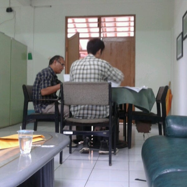 Photo taken at Institut Ilmu Sosial dan Ilmu Politik (IISIP) by Lina F. on 6/1/2013