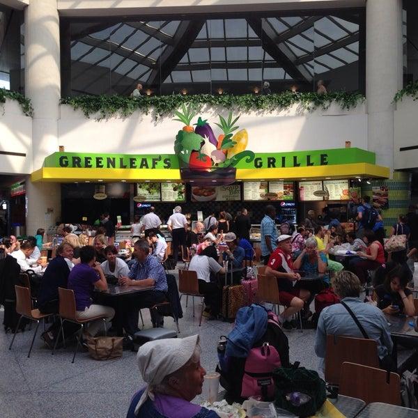 Newark Terminal A Food Court