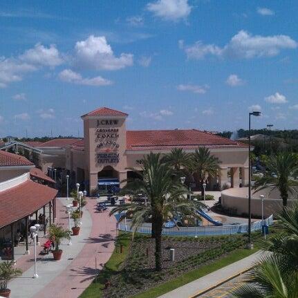 Photo taken at Orlando Vineland Premium Outlets by Tara A. on 9/23/2012