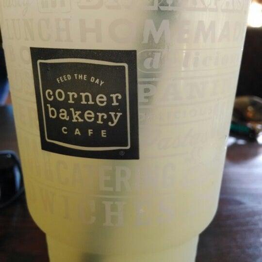 Photo taken at Corner Bakery Cafe by Chris Q. on 7/13/2014