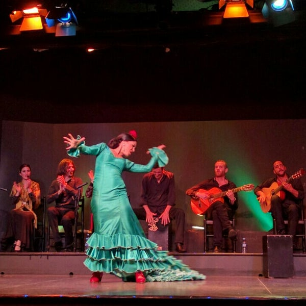 Photo taken at Palacio del Flamenco by tobe on 6/9/2016