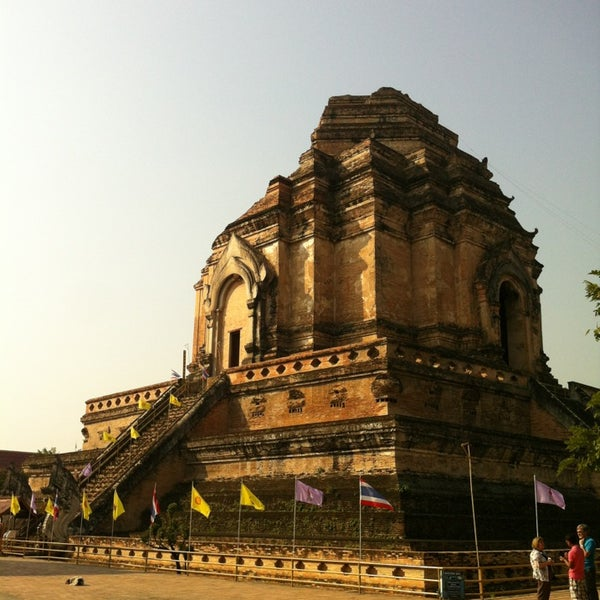 Photo taken at Wat Chedi Luang Varavihara by Chuladis R. on 1/4/2013