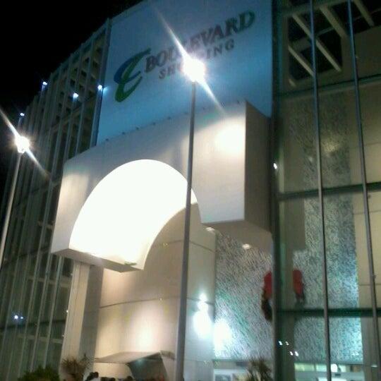 Foto tirada no(a) Boulevard Shopping Campos por Claudia S. em 11/16/2012