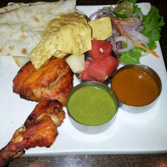 Photo taken at Chennai Curry House by lynnda y. on 3/3/2013
