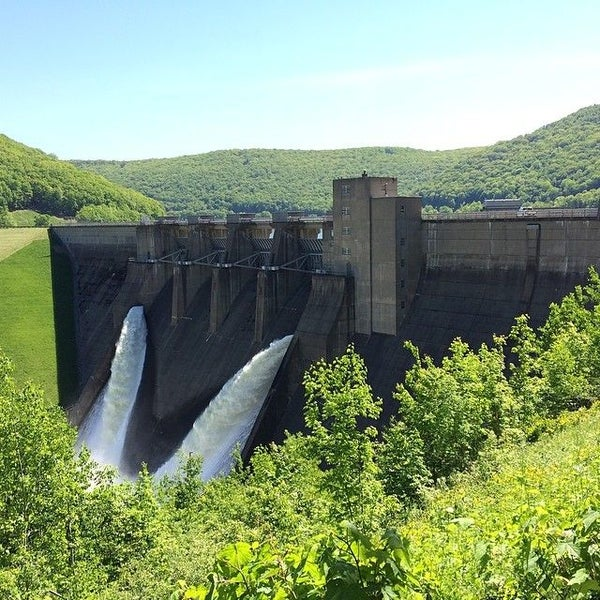 The Kinzua Dam and Allegheny Reservoir in Warren, Pa. is a fun and family-friendly destination for fishing, boating and swimming surrounded by the beautiful Allegheny National Forest.