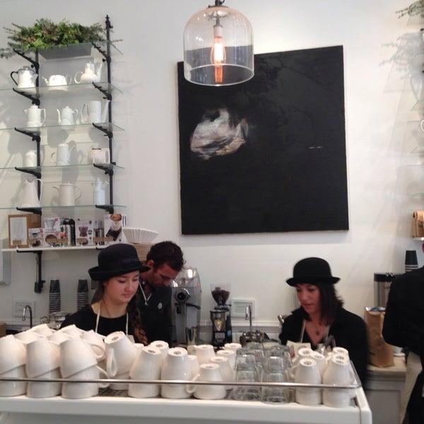 Foto scattata a Toby's Estate Coffee da Peter F. il 12/7/2013